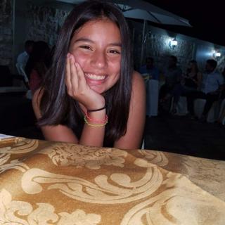 ivanna_gavilanez's Avatar